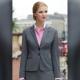 Giacca da divisa donna elegante, due bottoni, vestibilità slim fit, completo con pantalone, colore grigio, tessuto lana poliestere lycra, trattamento antimacchia